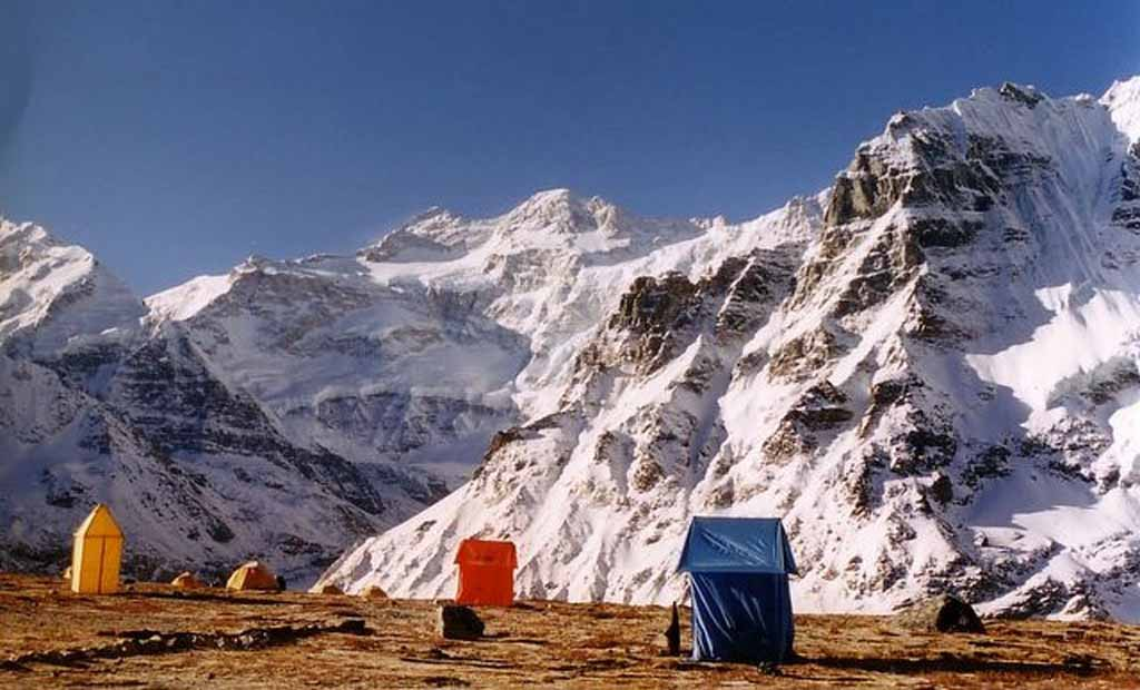 KANCHENJUNGA NORTH & SOUTH BASE CAMP TREK