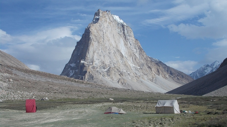 DARCHA PADUM (VALLEY OF ZANSKAR) TREK